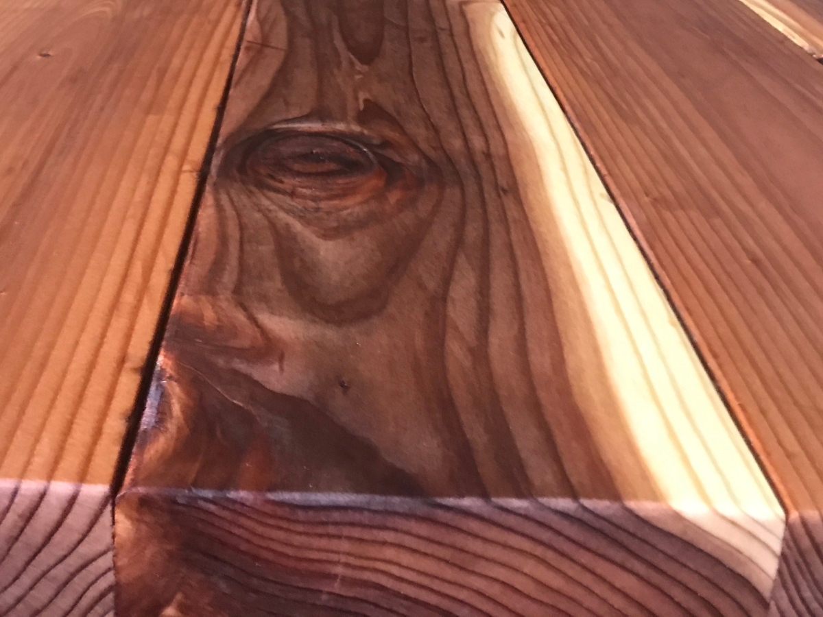 close-up photo of the coffee table top made from redwood